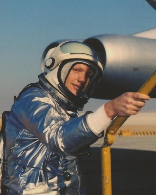 X 15 Neil Armstrong Most images are very large at full resolution, these are 300dpi scans.